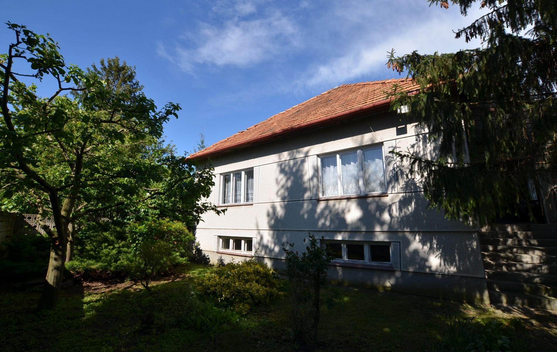 Ponúkame na predaj dvojpodlažný rodinný dom v obci Horný Pial - DSC_9983
