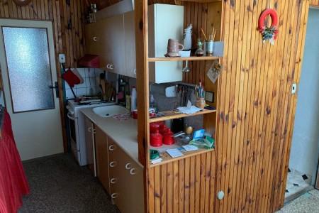 Na predaj veľký 3 izbový byt s balkónom na Dlhej ulici – Tlmače / Lipník - IMG-1348_8ddf077a9a6475df417c534e8f032ff5