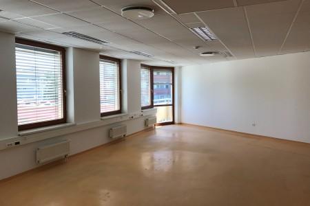 Prenájom administratívnej budovy v Bratislave - IMG_0076_a385d7beef02d21c90b5299d8ad10235