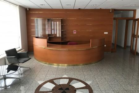 Prenájom administratívnej budovy v Bratislave - IMG_2085_3a04a456818643f670fcff2d52540320