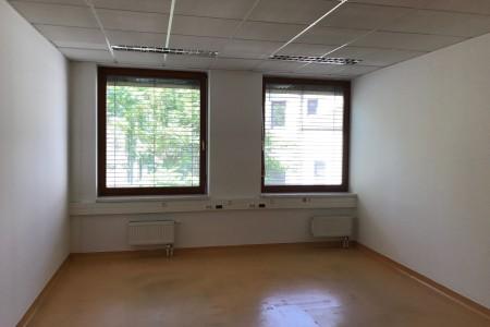 Prenájom administratívnej budovy v Bratislave - IMG_4608_709b8f4805c881c150c2bf90f5b20618