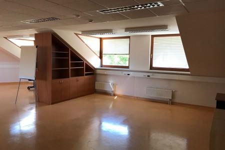 Prenájom administratívnej budovy v Bratislave - IMG_6206_4af12381c767b8711c2e69fc941441c3