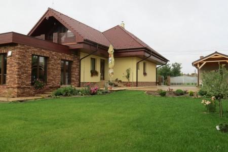 Na prenájom veľký rodinný dom, vhodný pre zamestnancov firiem - IMG_6225_7db4cc731ded324812ce882e7ec5f035