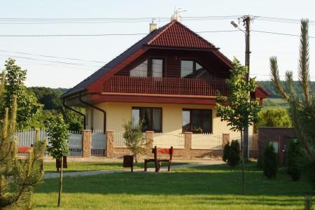 Na prenájom veľký rodinný dom, vhodný pre zamestnancov firiem - P1010115_b699f908990f6930222a924a537b537d