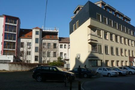Prenájom administratívnej budovy v Bratislave - P1240434_331e656427dbb25a5939ed46e684db35