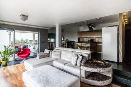 Ponúknite 2 izbový byt v tehlovej bytovke v Leviciach - db27291a-ae8b-4b2a-b7a9-6112353b80c3_1fffd22855ebe74852a7ab1ea77932cf