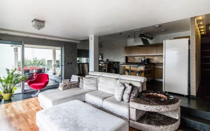 Ponúknite 2 izbový byt v tehlovej bytovke v Leviciach - db27291a-ae8b-4b2a-b7a9-6112353b80c3_803037b34742cb40979464562cf53959