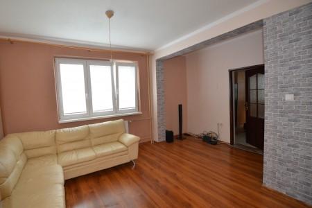 REZERVOVANÉ. Na predaj pekný 3 izbový byt na Dopravnej ulici v Leviciach - uprava_6f7bac96ea54bddf13780bd298ecb6e2